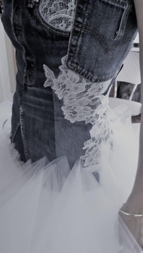 bustier détail jeans et dentelle